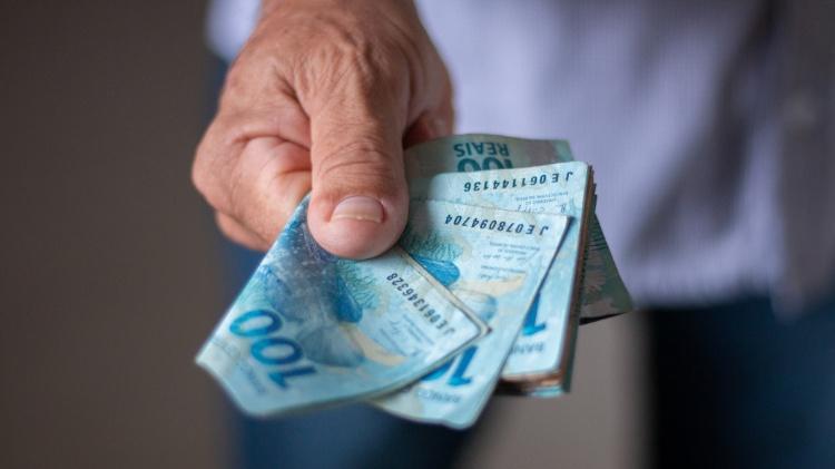 Caixa libera retirada e transferência da segunda parcela de R $ 600 para os nascidos em junho