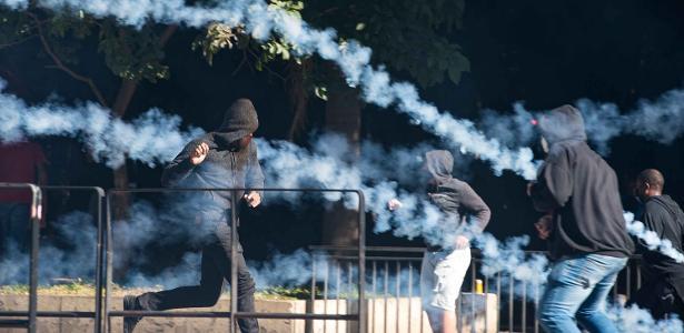 Com a queima de 100.000 wasabis, o gás lacrimogêneo prejudica a luta contra a cobiça - 06/06/2020