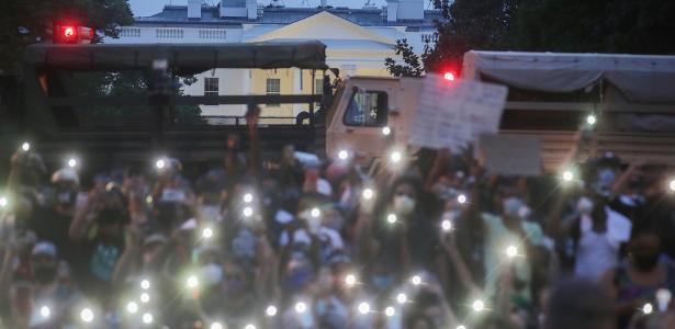 Manifestantes usam tecnologia para combater abusos policiais nos EUA - 06/07/2020