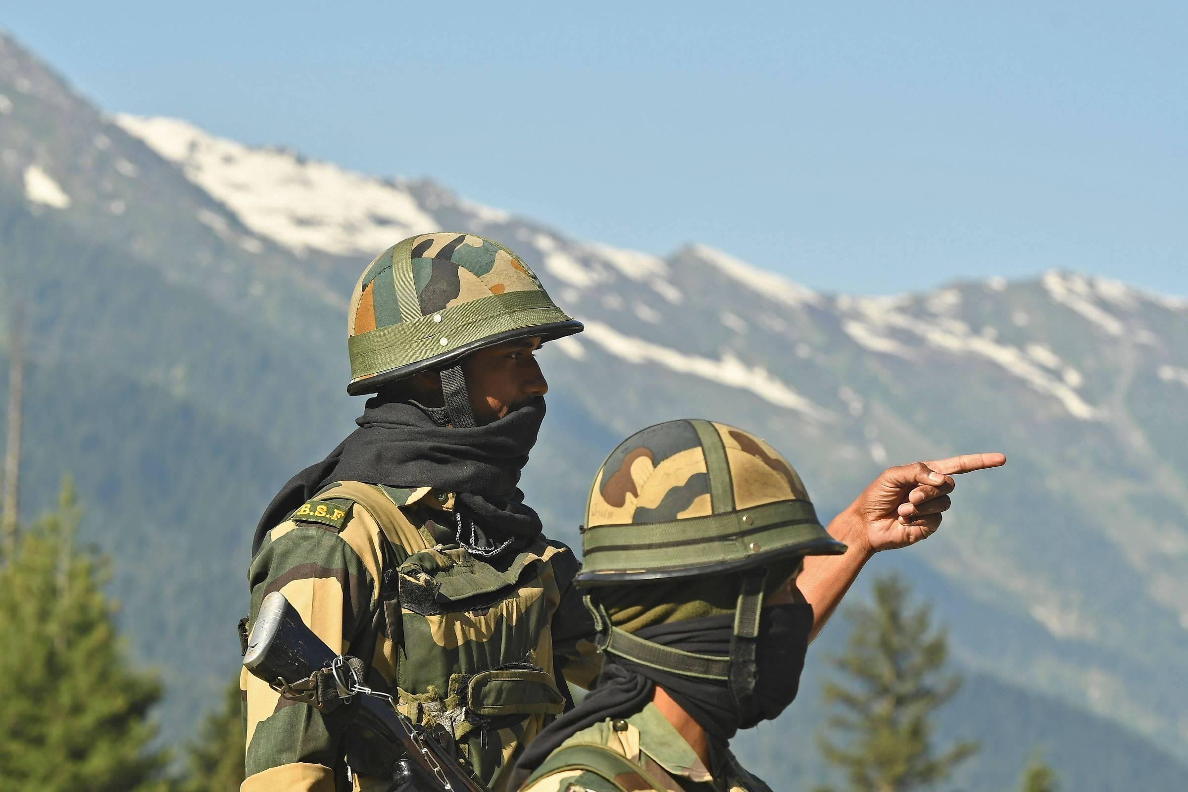 A Índia alerta forças e a China pede resolução de conflitos - 17.06.2020. - O mundo
