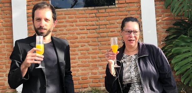 A filha Olavo de Carvalho descobriu o paradeiro de um ex-assistente enquanto trabalhava em uma casa vizinha