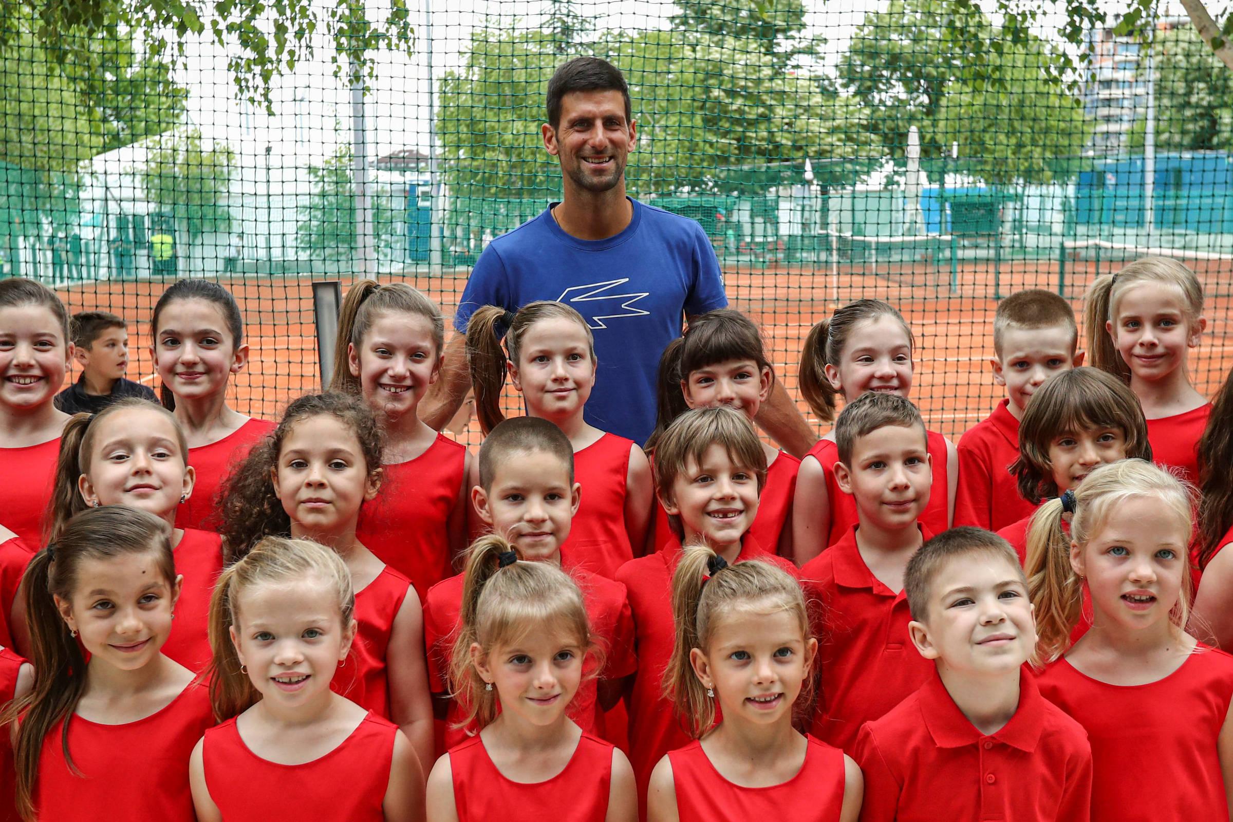 Djokovic sofre mais com seu coronavírus - 23 de junho de 2020. - Esportes