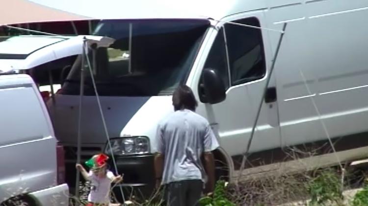 O suspeito morava em uma van mostrada na série de documentários 'O Desaparecimento de Madeleine McCann' - Reprodução / Netflix