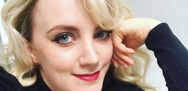 """""""Harry Potter"""": a atriz Evanna Lynch critica os fãs """"obcecados"""" pelo tapete: """"Não é saudável"""""""