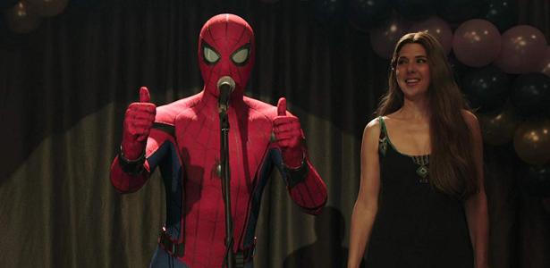 Tia May, Marisa Tomei, lamenta interpretar papéis de mãe nos filmes do Homem-Aranha