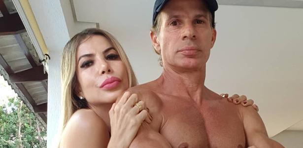 """Depois que o beijo com Túlio se tornou viral, sua esposa brincou: """"Forward to the house"""" - 30.06.2020."""