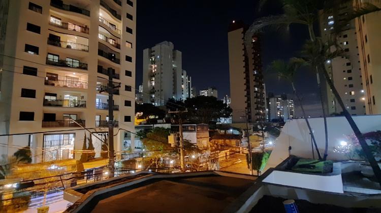 Lente grande angular Galaxy A51 com modo noturno - Gabriel Francisco Ribeiro / UOL - Gabriel Francisco Ribeiro / UOL