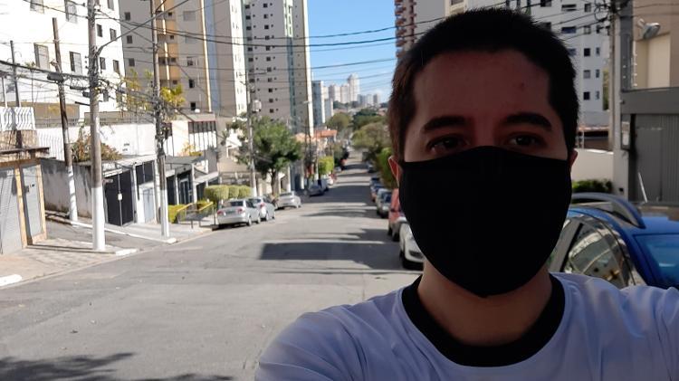 Selfie com o Galaxy A51 ao sol - Gabriel Francisco Ribeiro / UOL - Gabriel Francisco Ribeiro / UOL