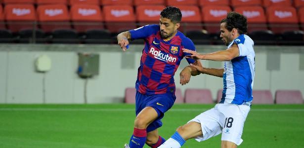 Barça vence o jogo com duas expulsões e um VAR; Suárez se torna o terceiro melhor marcador - 07.08.2020