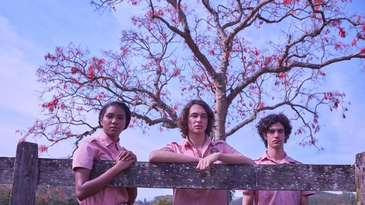 Fran (Iza Moreira), Chico (Michel Joelsas) e Alex (Caio Horowicz) no livro da Netflix 'Boca a Boca' - Comunicado de imprensa / Netflix - Comunicado de imprensa / Netflix