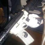 O primeiro-ministro capturou oito rifles de guerra em Botucatu, diz secretário