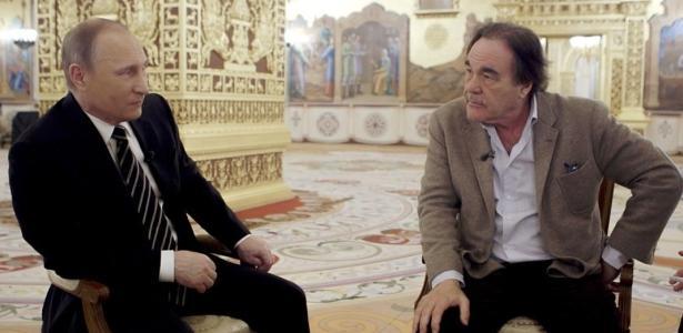 A série de Oliver Stone sobre Putin, ignorada pela televisão, chega ao Brasil no site