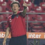 """Diniz pede desculpas aos fãs do Tricolor e diz que neste momento """"tudo está preocupado"""""""